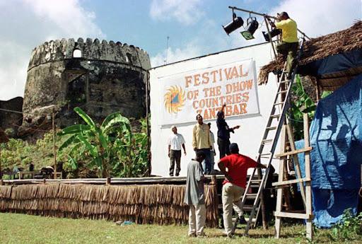 http://christomlinson.net/festival-of-the-dhow-countries-celebrates-zanzibar-as-a-cultural-crossroads/